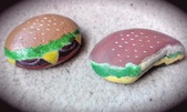 彩繪石頭 Rock Paintings:Day 18-Cheese Burgers.jpg