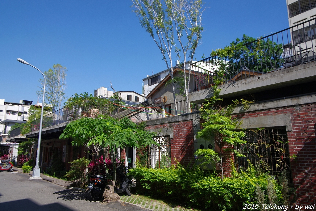 台中。漫步范特喜中興一巷 - 綠光計劃打造老房新生命:IMGP8275.JPG