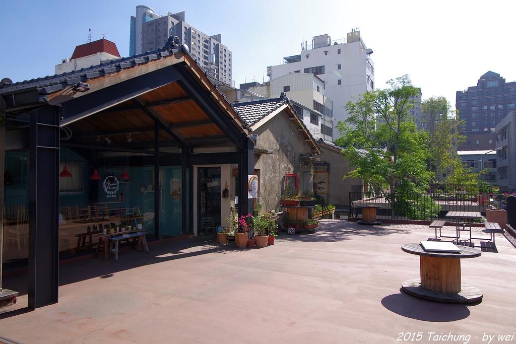 台中。漫步范特喜中興一巷 - 綠光計劃打造老房新生命:IMGP8250.JPG