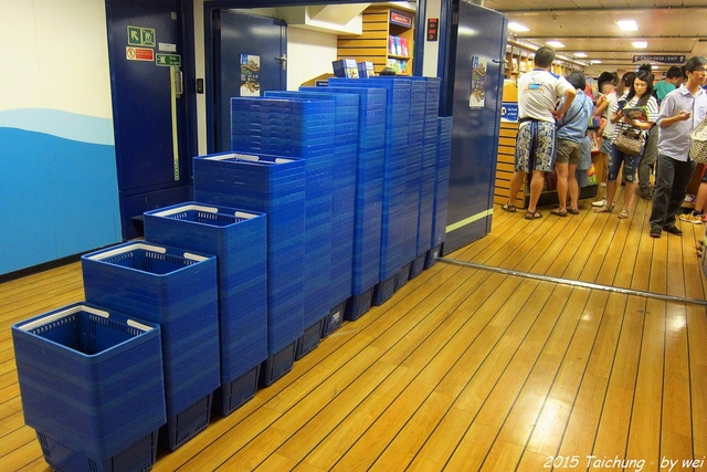 IMG_9173.JPG - 全球最大的海上圖書船。望道號(Logos Hope)首訪台中