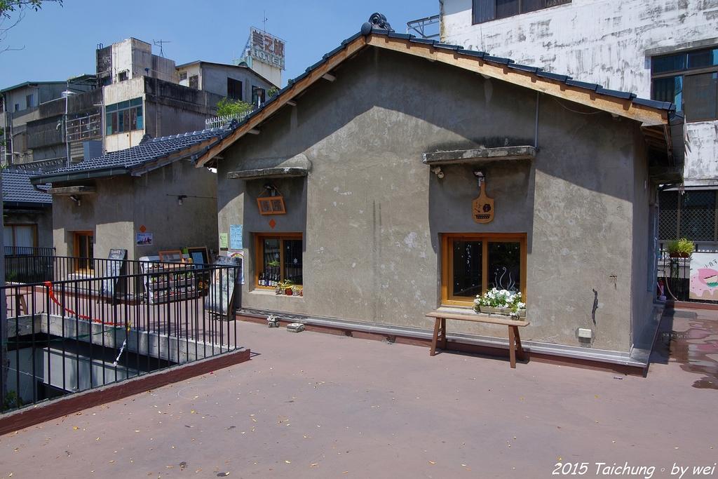 台中。漫步范特喜中興一巷 - 綠光計劃打造老房新生命:IMGP8310.JPG