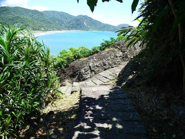 DSC04543C.jpg - 1060630 花蓮豐濱芭崎眺望台,大石鼻山步道