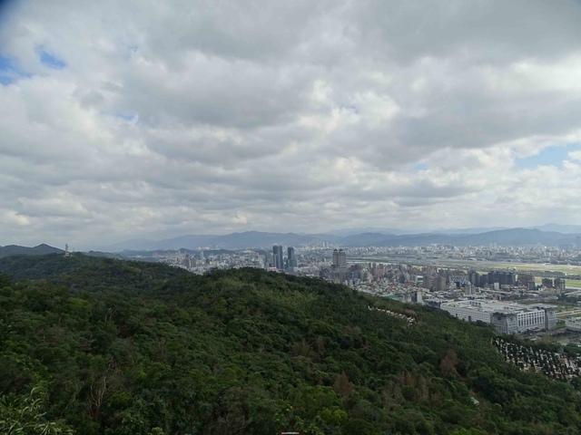 DSC00153C.jpg - 1070103 台北劍潭山步道