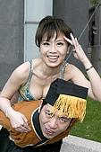 16.小潘潘穿性感肚兜走光 楊秀慧低胸裝搶镜:Img247575306.jpg