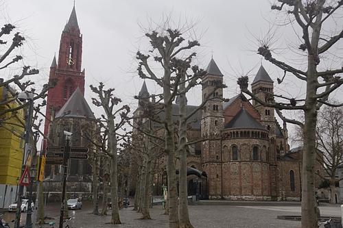 馬斯垂克法式梧桐點綴聖揚教堂及聖瑟法斯聖殿.JPG - 201702荷比冰之旅
