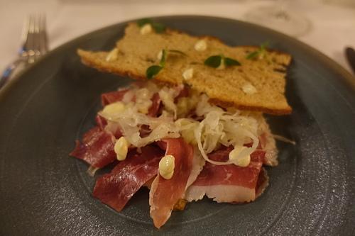阿姆斯特丹d'Vijff Vlieghen美味佳餚生牛肉沙拉.JPG - 201702荷比冰之旅