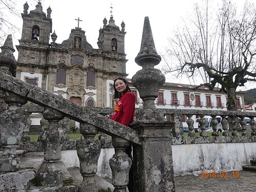 吉馬良斯Pousada Mosteiro de Guimaraes 斑駁的欄杆留下歲月痕跡.JPG - 201802葡萄牙藍瓷10天