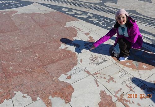 里斯本發現者紀念碑航海羅盤地圖發現台灣.JPG - 201802葡萄牙藍瓷10天