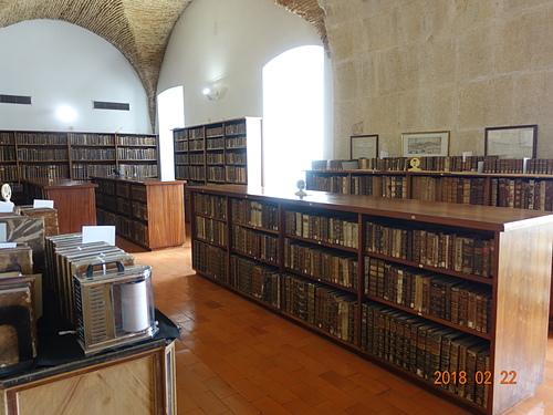 科英布拉大學喬安娜圖書館中間層.JPG - 201802葡萄牙藍瓷10天