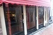 201702荷比冰之旅:阿姆斯特丹紅燈區早晨櫥窗女郎尚未營業.JPG