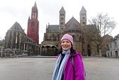 201702荷比冰之旅:馬斯垂克市集廣場Vrijthof看聖揚教堂及聖瑟法斯聖殿.JPG
