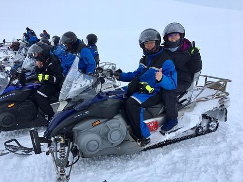 冰島金環雪上摩托車體驗蓄勢待發.jpg - 201702荷比冰之旅