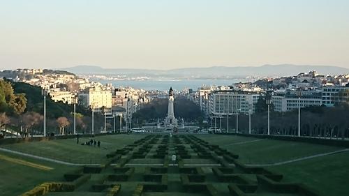里斯本愛德華七世公園看龐巴爾侯爵廣場及海灣.JPG - 201802葡萄牙藍瓷10天