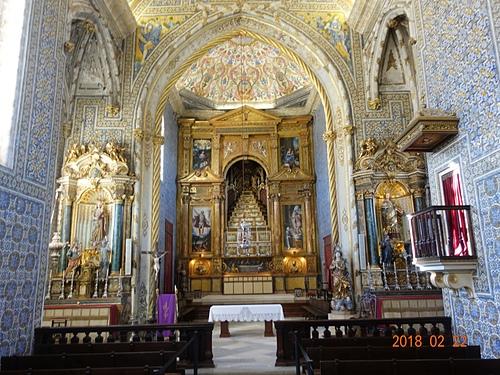 科英布拉大學聖米蓋爾教堂藍白磁磚及精美祭壇.JPG - 201802葡萄牙藍瓷10天