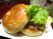 我的早餐:貝果vs肉鬆和醃黃瓜