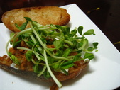 我的早餐:法式蜂蜜麵包vs肉鬆起司