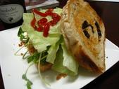 我的早餐:葡萄吐司vs旗魚櫻花蝦鬆