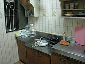 吉屋出租:1樓廚房,有炊具