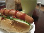 我的早餐:餐包vs德式香腸