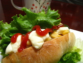 我的早餐:布里麵包vs鮪魚起司醬