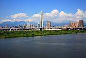 三重幸福水漾公園 + 新北橋 騎車去:0017.JPG 遠眺新北橋