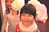 2010 花鹿班同學會聖誕趴之團體遊戲篇(上傳完畢):IMG_1609b.JPG 人水花大蕊