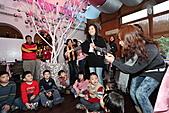 2010 花鹿班同學會聖誕趴之團體遊戲篇(上傳完畢):IMG_1614b.JPG