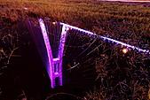新北橋 中秋夜拍+爆胎之旅(1024大圖盡情欣賞喔):新北橋-10.JPG 這張倒影真是好美,不枉我雙腳下水撩下去