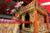 2011-04-24 農曆3/23媽祖生 板橋慈惠宮陣頭繞境:IMG_2670.JPG 攅轎腳的神轎展示