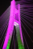 新北橋 中秋夜拍+爆胎之旅(1024大圖盡情欣賞喔):新北橋-17.JPG 彩色曬衣夾開始4