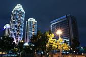 2010-11-30 新板特區夜景+螺旋光影ZOOM攝影大作戰(圖多待PO):IMG_9043.JPG