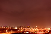 """2010花博煙火慶開幕 """"1024大圖"""" (黃金私人拍攝景點..要去下次跟我走唷):001.JPG打開窗戶就有這樣美景...真是居高臨下 夜拍攝影的好位置呀"""