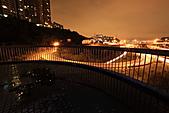 2010-11-19 關渡大橋之夜:IMG_8565.JPG 觀景台高處即是我們取景圓環的最佳位置