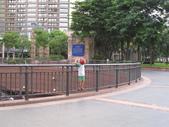 2011-08-05 帶小孩去溜滑梯兼夜拍(新版特區):IMG_3740.JPG