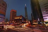 世貿101天橋夜拍 (首次用星跡圖軟體疊圖) +華納2人怪怪組:STAR-101-1.JPG