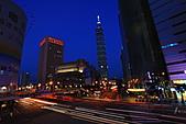 2010 -11-27 夜拍世貿101夜景 +華納空橋夜景:IMG_8867.JPG