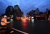 2010-11-15 早起去晨拍:IMG_8438.JPG 看氣象說日出時間是06:10 快來不及到目的地了 先搶拍一張