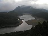 翠峰湖的探訪故事:翠峰湖晨景-08-2004-10-18.JPG