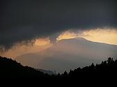 翠峰湖的探訪故事:翠峰湖晨景-01-2004-10-18.jpg