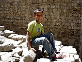 2009Ladakh拉達克:410A boy - old town-Leh.jpg(25%).jpg