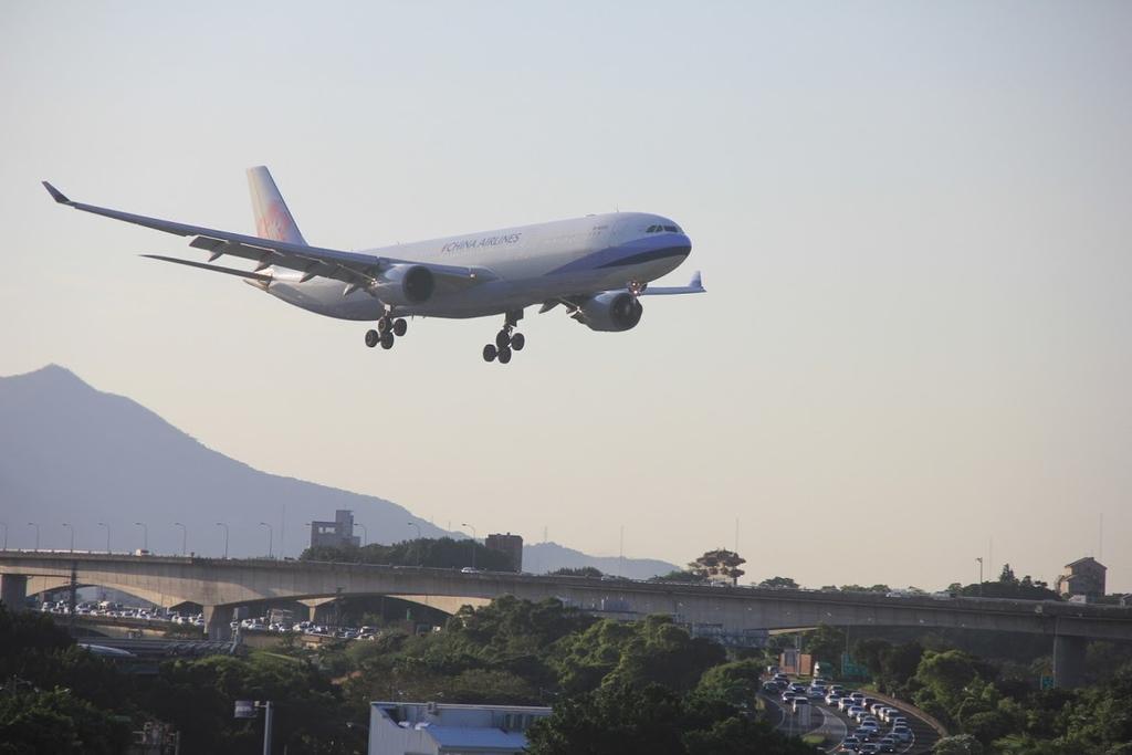 台北華山展+看飛機:LRG_IMG_5919.JPG