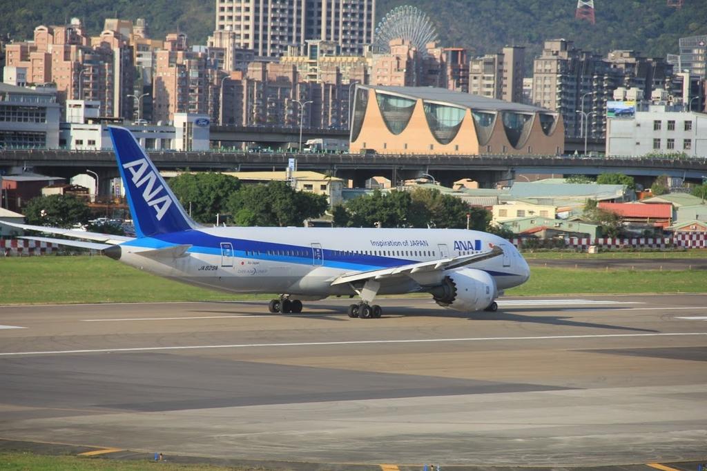 台北華山展+看飛機:LRG_IMG_5860.JPG