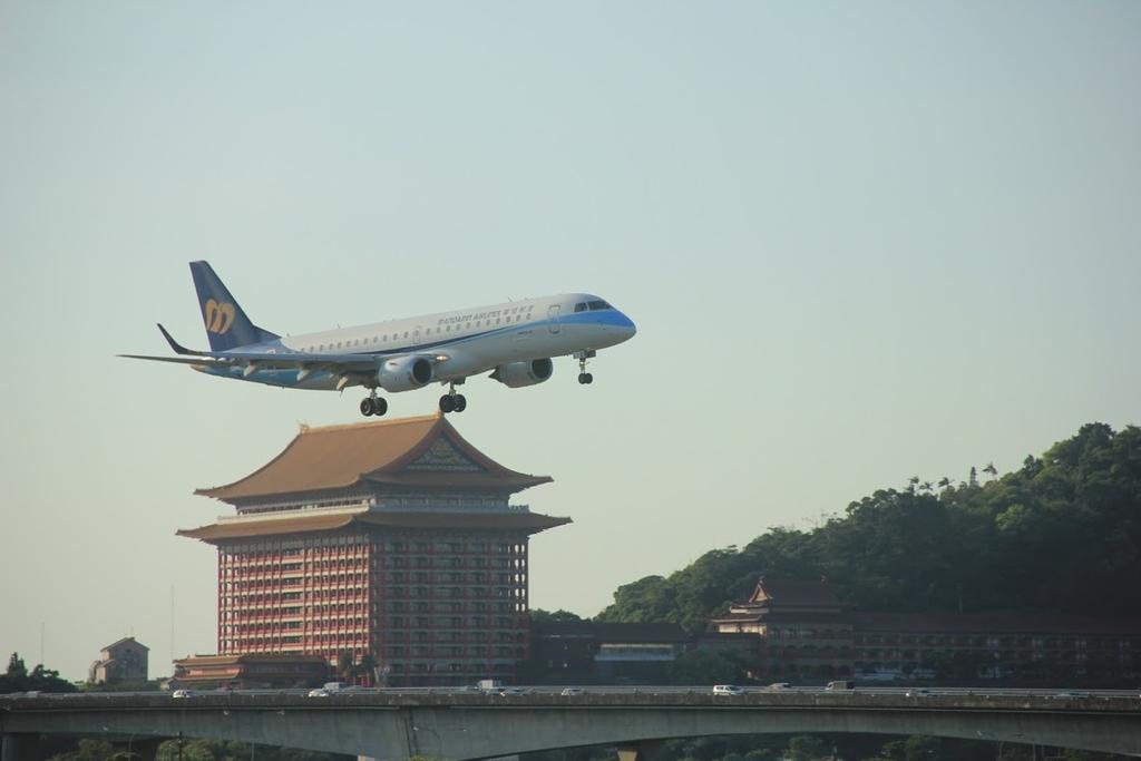 台北華山展+看飛機:LRG_IMG_5816.JPG