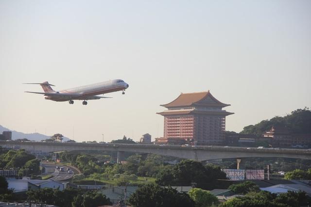LRG_IMG_5869.JPG - 台北華山展+看飛機