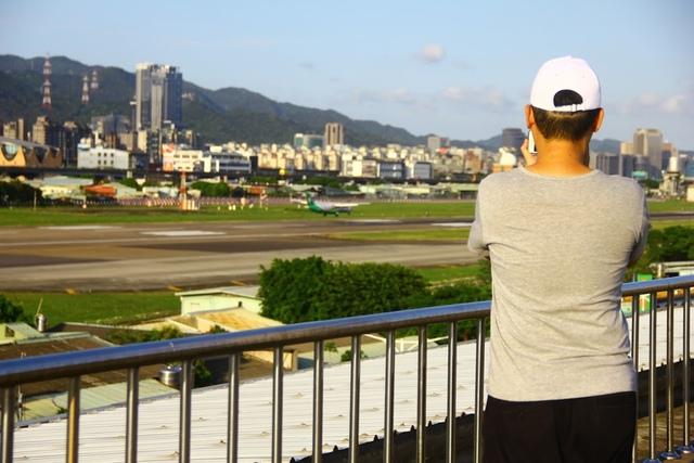 LRG_IMG_5908.JPG - 台北華山展+看飛機