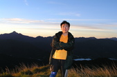 2003/06/20-22~雪山主東下翠池:雪山主東峰_274.JPG