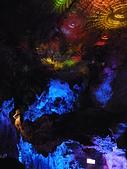 980530 陽朔-荔浦-陽朔:七彩霓虹紅燈讓鐘乳石有了色彩