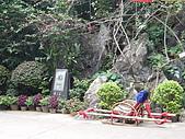 980530 陽朔-荔浦-陽朔:轎子--若在洞內走不動的人可以花錢坐轎子遊覽