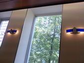 980509 跳舞咖啡廳與石門海邊:喜歡這一窗子的綠意