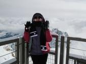 2011.07.20瑞士鐵道十日遊(4):冷到圍巾手套都穿上.JPG